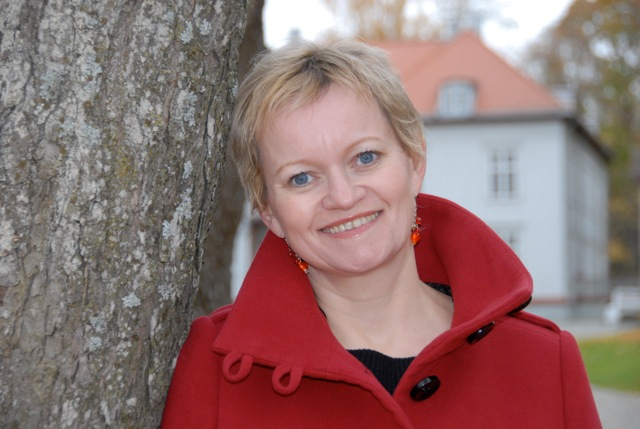 mona-julsrud-2010-11_2